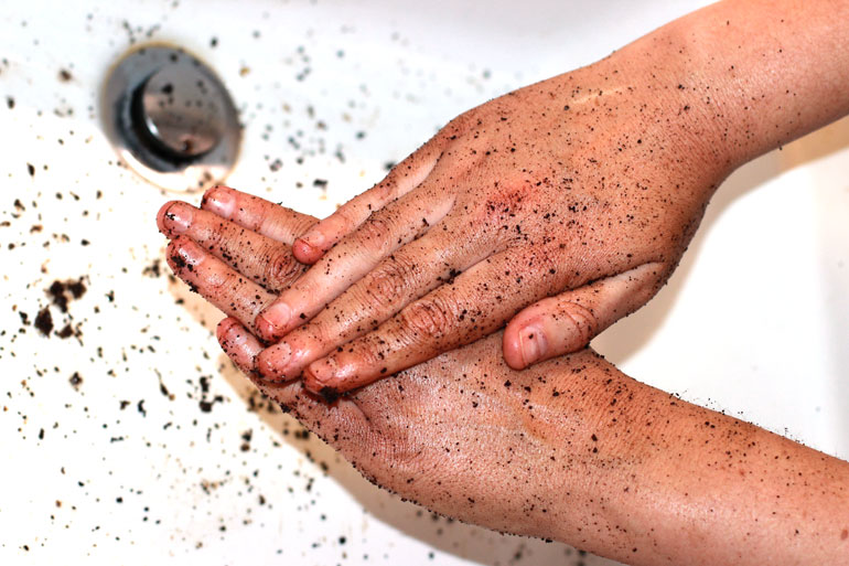coffee-body-scrub-hands01.jpg